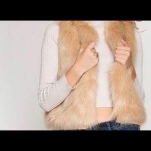 She + sky faux fur vest